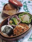 西日本梅雨入りの頃の幼稚園児のための和風弁当